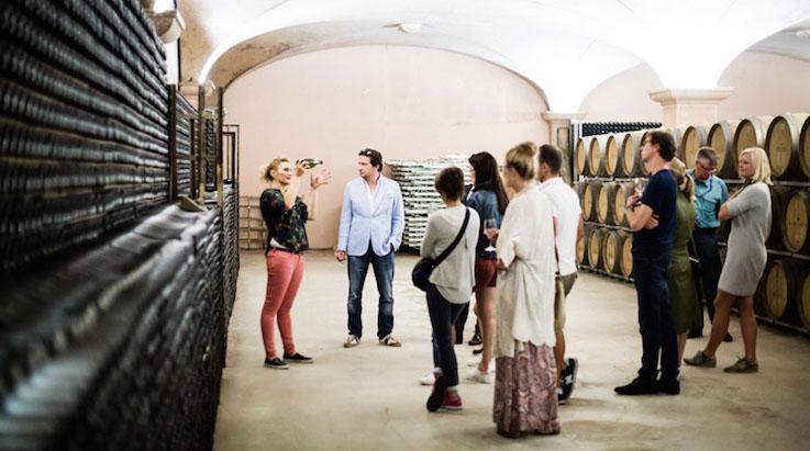 No hay nada mejor que visitar una bodeja junto a una apasionada del mundo vino