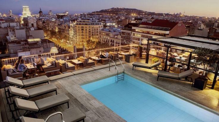 terrace-cocktail-bar-la-dolce-vitae-majestic-hotel-barcelona-center